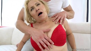 Granny Anal Fuck – Dolly Blondie
